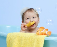 How to Disinfect Tub Toys | @BloomMaternity